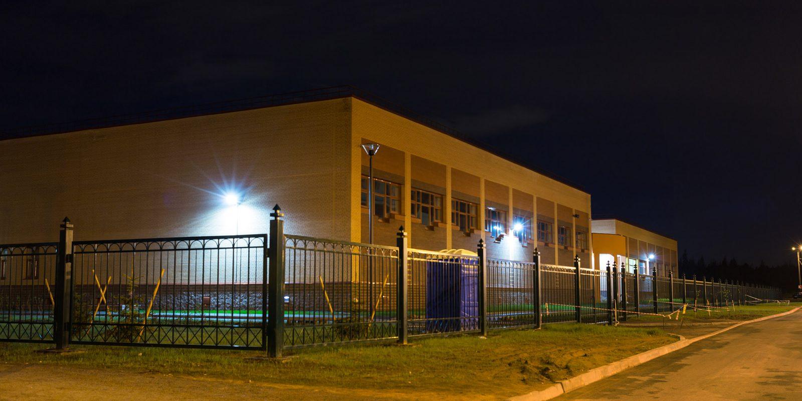Школа №428 (Юнтолово)
